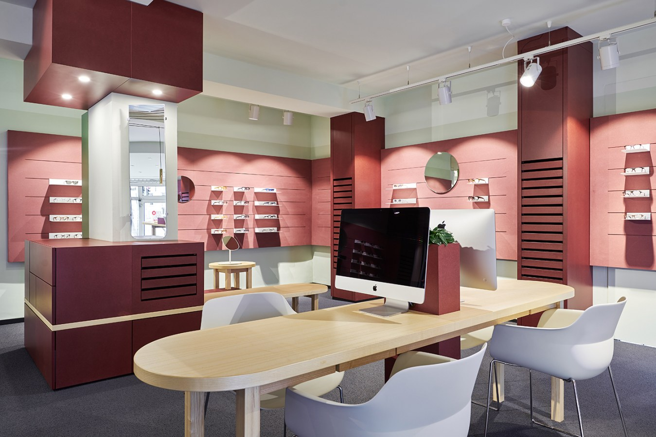 Isabell-Ehring-Innenarchitektur-Stuttgart---Umbau Ladenfläche-OPPENLÄNDEROPTIK-19.jpg